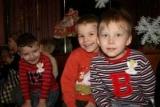 Правительство утвердило изменения в правила усыновления детей-сирот