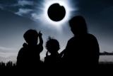 Украинцев предупредили о солнечном затмении: как защитить здоровье